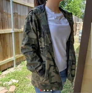 Mens camo jacket (can be unisex)